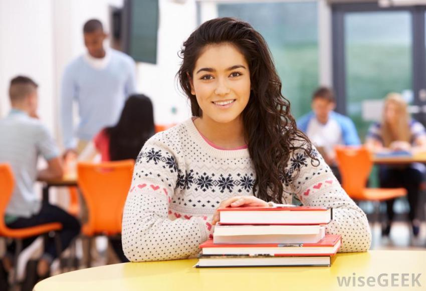 Amazing High School Junior (H.S. Class of 2021) Scholarships
