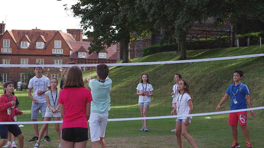 cursos verano inglés en Inglaterra Colegio San José