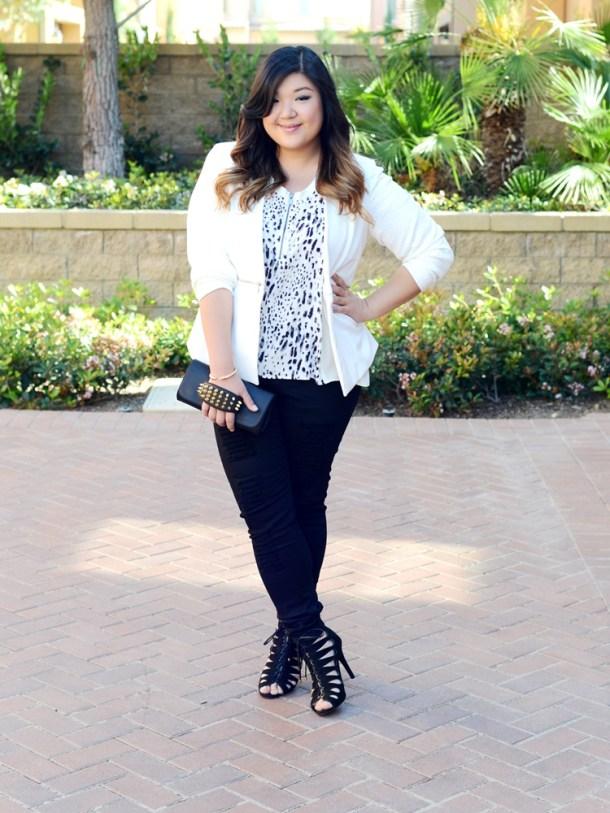 bf370dbce95b5 Curvy Girl Chic Plus Size Fashion Blog Monochrome Carmakoma Jeans Look