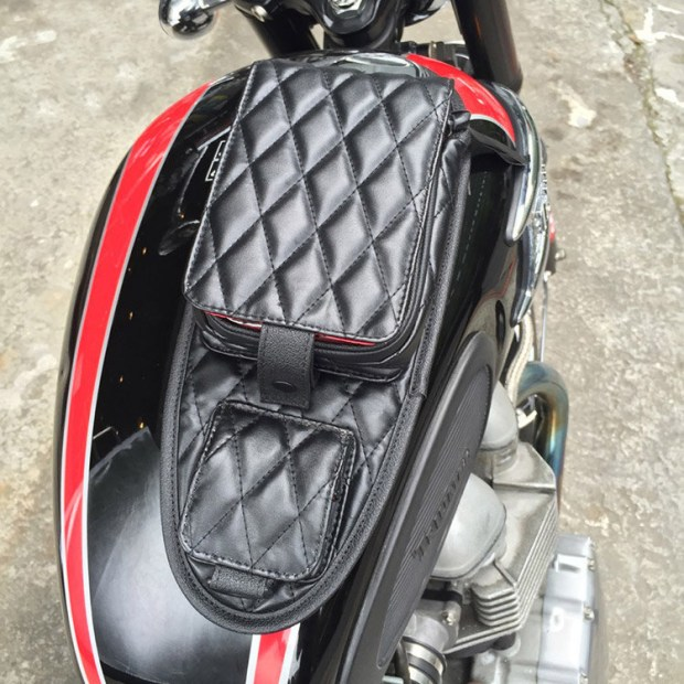 bobber-tank-bag-02
