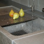 Close-Up-of-Concrete-Sink