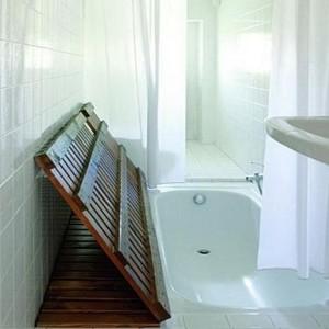 hidden-tub