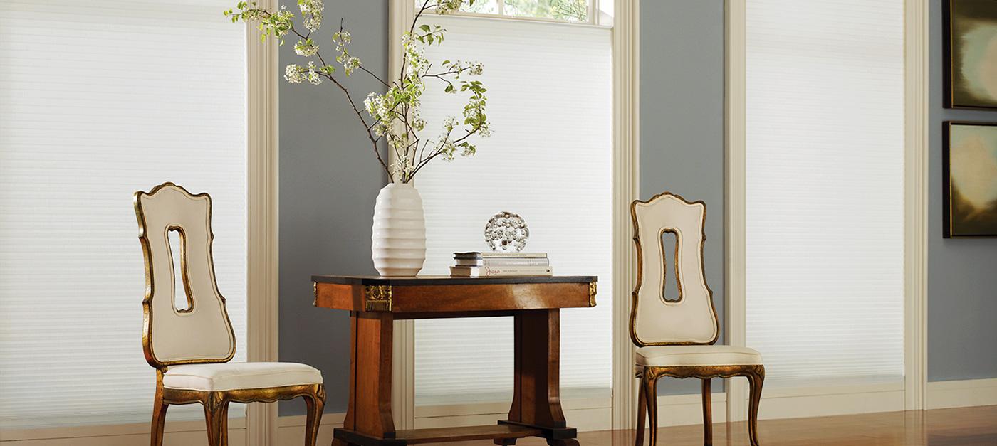 Duette® Architella® Batiste Textured™ with IllumiCell™ in color Daisy White