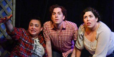 A seance (Renee Rogoff, Mario Mazzetti, Alejandra Wahl)