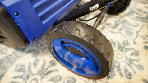 Snow Joe iON18SB wheels