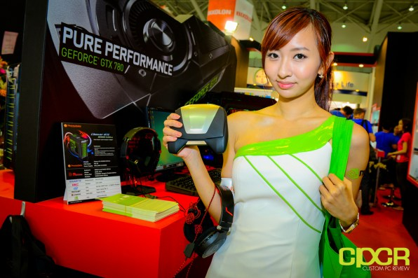 show-girls-computex-2013-custom-pc-review-13