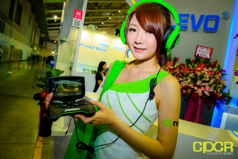 show-girls-computex-2013-custom-pc-review-22