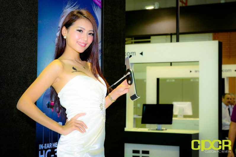 show-girls-computex-2013-custom-pc-review-74
