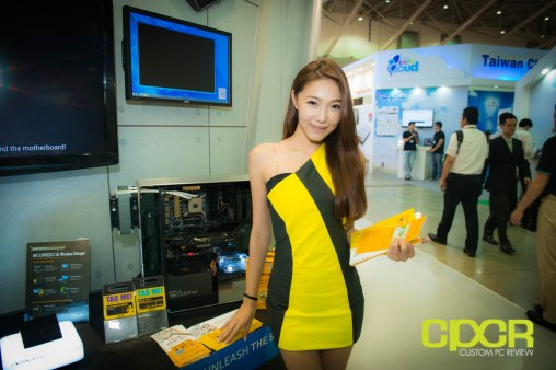 computex-2014-mega-booth-babes-gallery-custom-pc-review-105