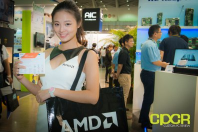 computex-2014-mega-booth-babes-gallery-custom-pc-review-20