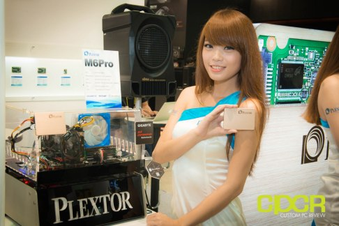 computex-2014-mega-booth-babes-gallery-custom-pc-review-4