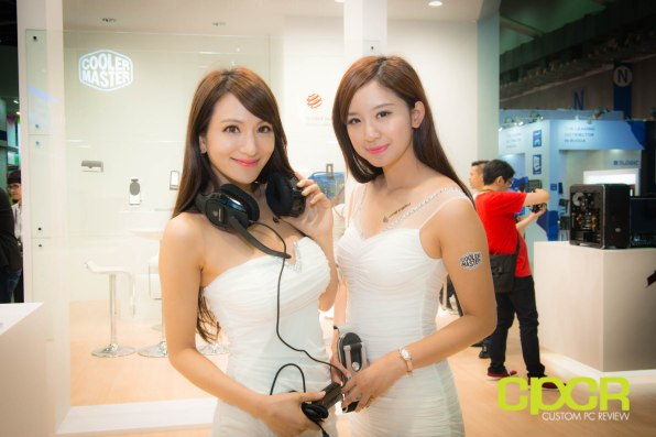 computex-2014-mega-booth-babes-gallery-custom-pc-review-43