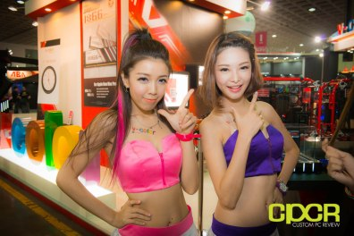 computex-2014-mega-booth-babes-gallery-custom-pc-review-50