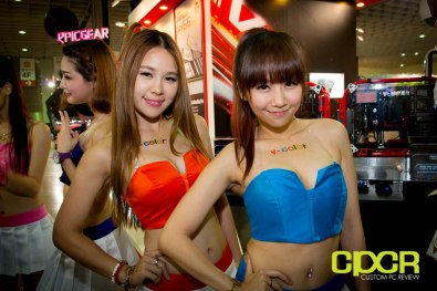 computex-2014-mega-booth-babes-gallery-custom-pc-review-52