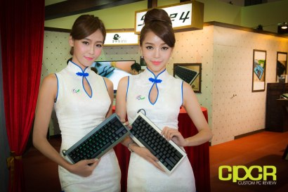 computex-2014-mega-booth-babes-gallery-custom-pc-review-55