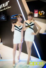 computex-2014-mega-booth-babes-gallery-custom-pc-review-72