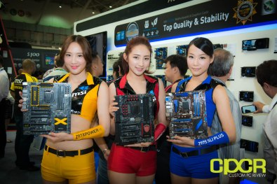 computex-2014-mega-booth-babes-gallery-custom-pc-review-81