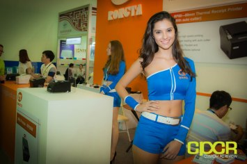 computex-2014-mega-booth-babes-gallery-custom-pc-review-83