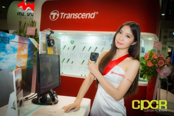 computex-2014-mega-booth-babes-gallery-custom-pc-review-88