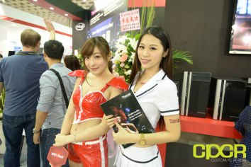 computex-2015-ultimate-booth-babe-gallery-custom-pc-review-101