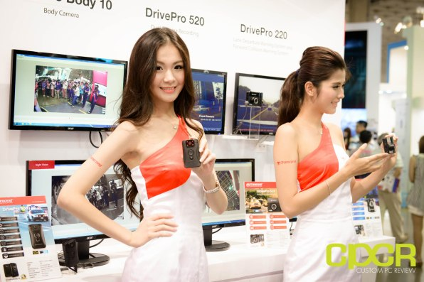 computex-2015-ultimate-booth-babe-gallery-custom-pc-review-111