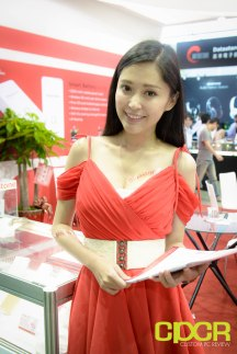 computex-2015-ultimate-booth-babe-gallery-custom-pc-review-113