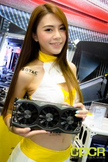 computex-2015-ultimate-booth-babe-gallery-custom-pc-review-116