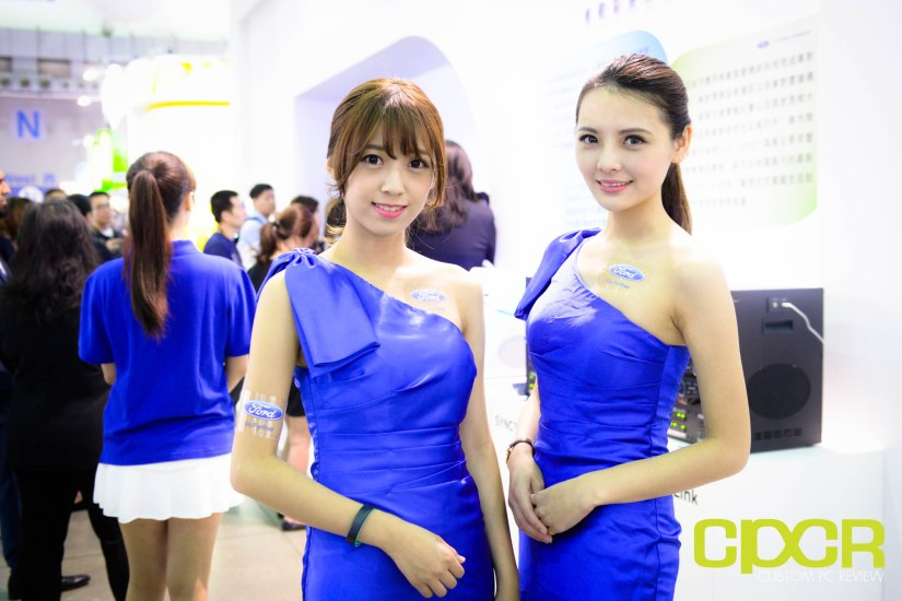 computex-2015-ultimate-booth-babe-gallery-custom-pc-review-2