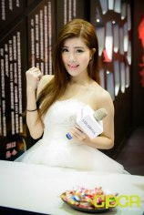computex-2015-ultimate-booth-babe-gallery-custom-pc-review-21