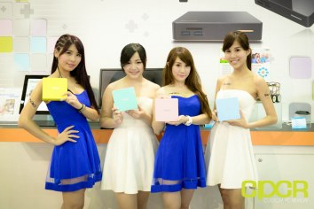 computex-2015-ultimate-booth-babe-gallery-custom-pc-review-22
