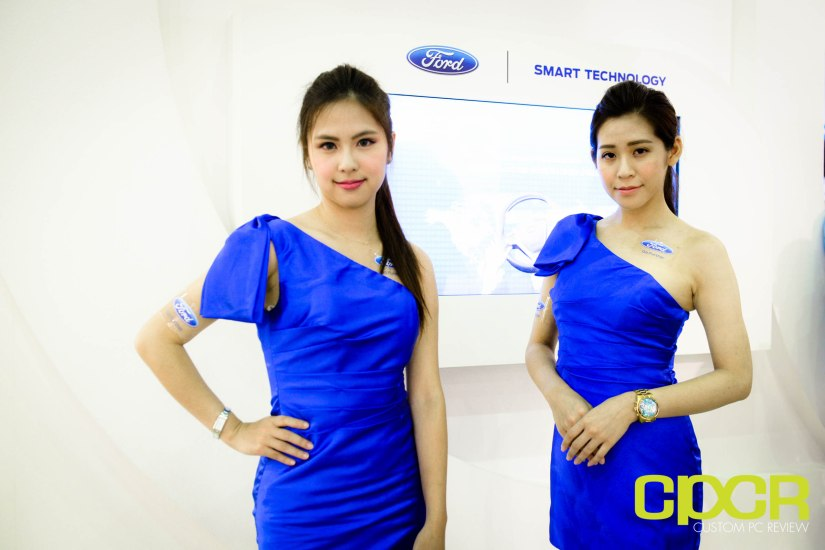 computex-2015-ultimate-booth-babe-gallery-custom-pc-review-4