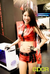 computex-2015-ultimate-booth-babe-gallery-custom-pc-review-63