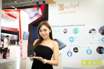 computex-2016-booth-babes-custom-pc-review-18