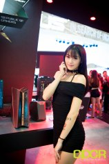 computex-2016-booth-babes-custom-pc-review-21