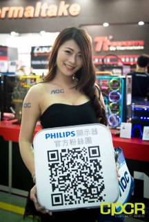 computex-2016-booth-babes-custom-pc-review-23