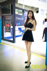 computex-2016-booth-babes-custom-pc-review-3