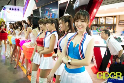 computex-2016-booth-babes-custom-pc-review-38