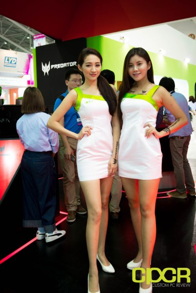 computex-2016-booth-babes-custom-pc-review-48