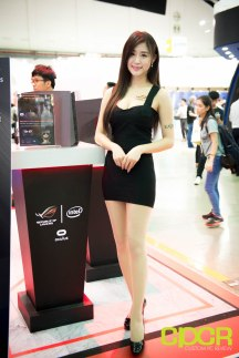 computex-2016-booth-babes-custom-pc-review-58