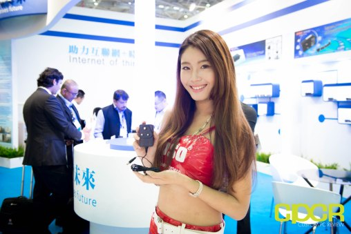 computex-2016-booth-babes-custom-pc-review-62
