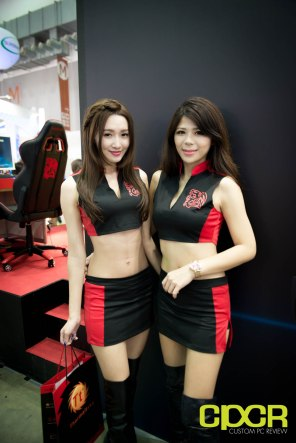 computex-2016-booth-babes-custom-pc-review-79