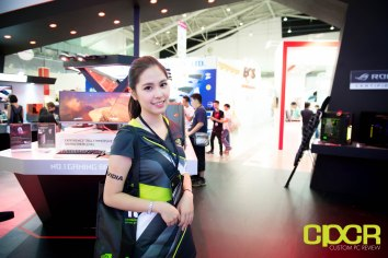 computex-2016-booth-babes-custom-pc-review-83