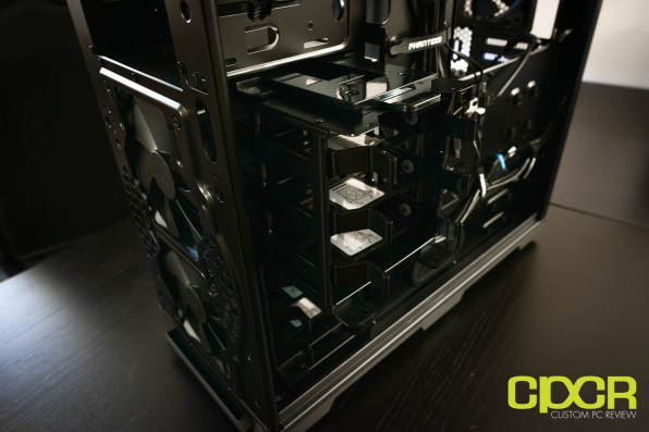 phanteks-luxe-tempered-glass-edition-full-tower-pc-case-custom-pc-review-19