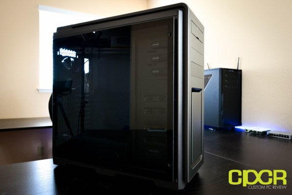 phanteks-luxe-tempered-glass-edition-full-tower-pc-case-custom-pc-review-2