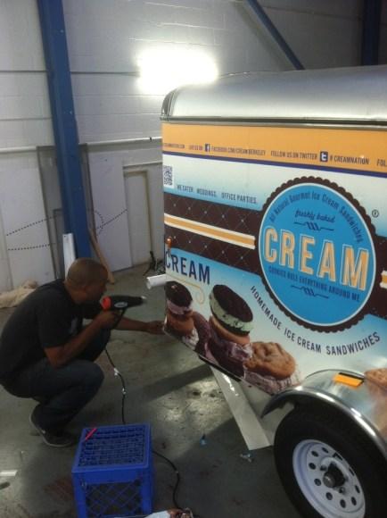 cream-catering-wrap-3