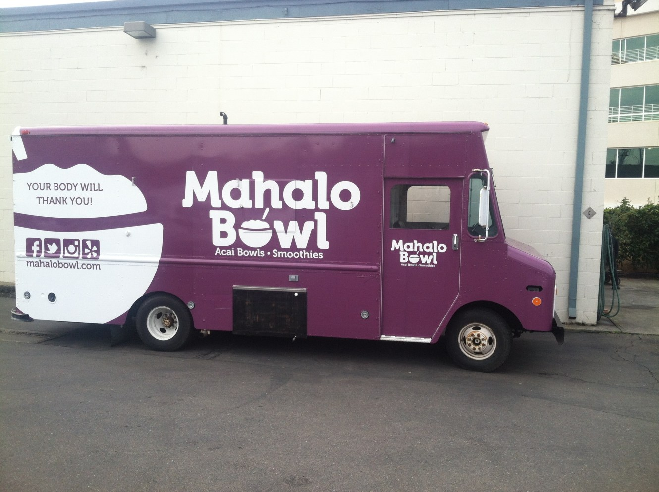 Food Truck Wrap for Mahalo Bowl