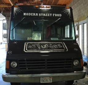 ate3one food truck front