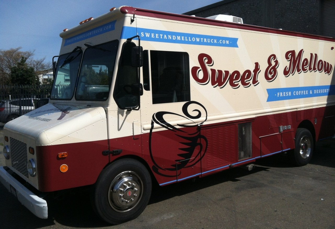 sm food truck wrap6