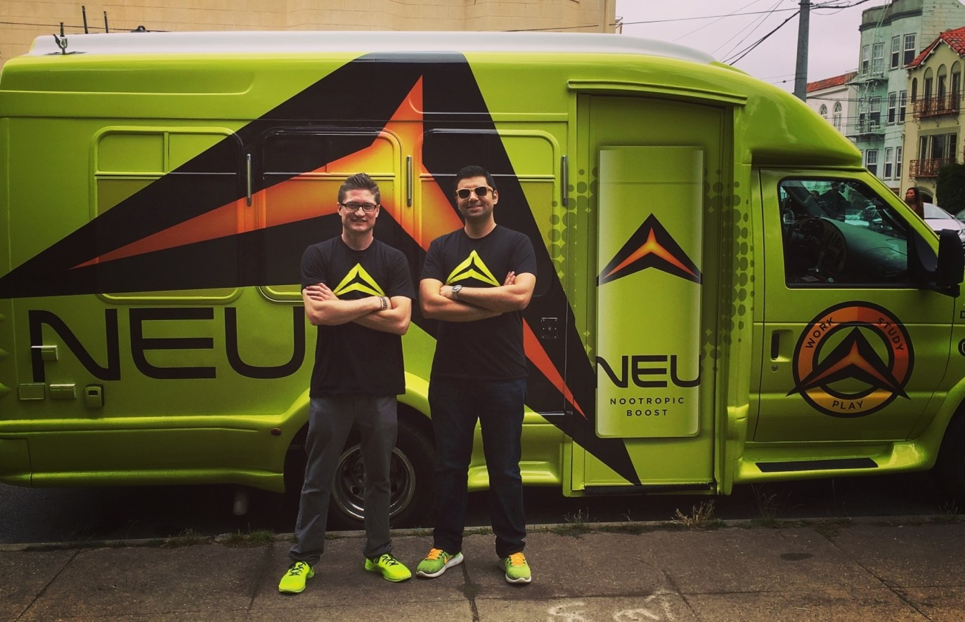 drinkneu car wrap-05