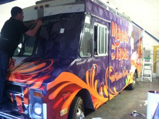 mamas tapas food truck wrap-01